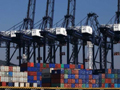 U.S. trade deficit narrows, private employers add 201K jobs while services sector dissapoints
